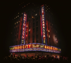 Live at Radio City Music Hall (CD + DVD Deluxe Edition)
